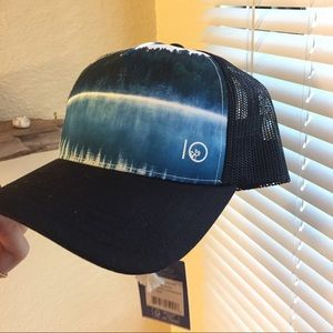 New With Tags Tentree Hat